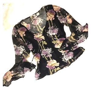 JUST THE GIRLS Sheer Floral Top 💐
